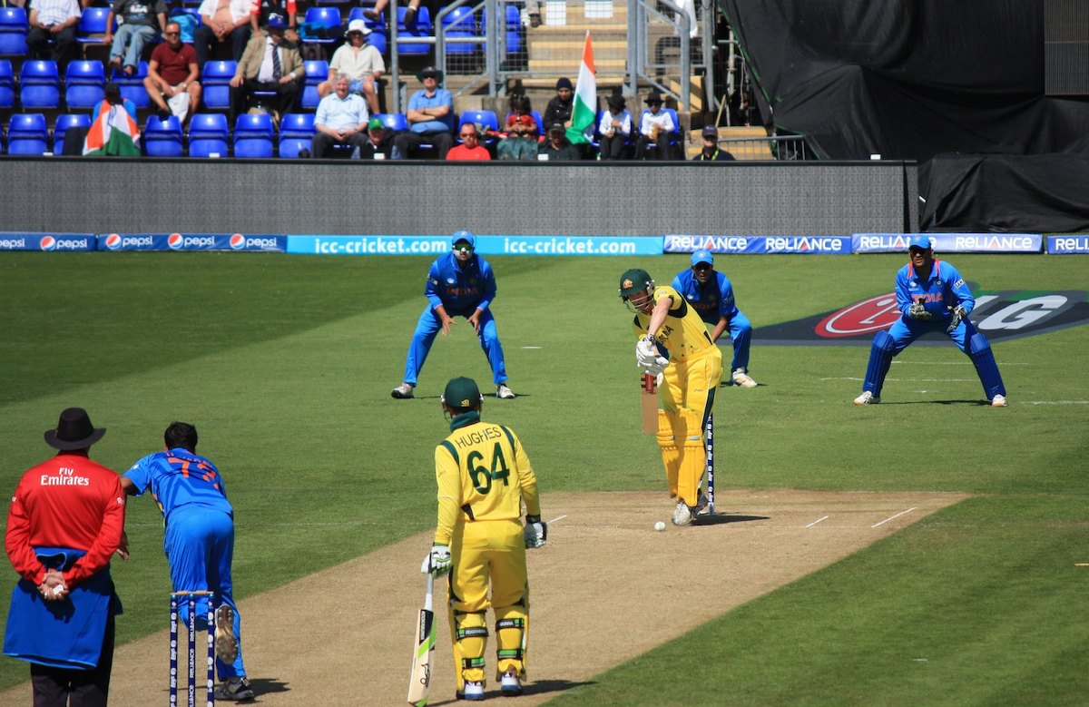 Image depicting an ODI match being played between India and Australia
